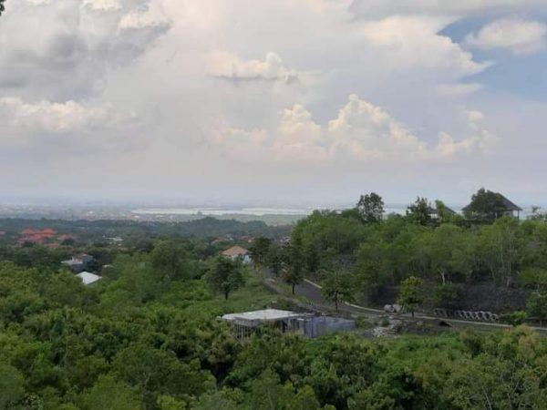 Tanah di Jual,Terletak si Bukit Jimbaran belakang Maxone hotel
